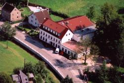 Landhotel Goldener Löwe mit Pension Am Taurastein, Burkersdorfer Straße 122, 09217, Burgstaedt