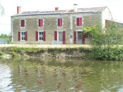Chambres d'Hôtes Au Bord de Sèvre, 688, Route des Bords de Sèvres, 79510, Coulon