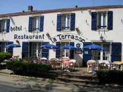 Hotel de la Terrasse, 7 Place De La Terrasse, 79700, Mauléon