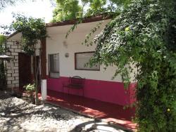 Hotel Posada Tukru, Bugabilias 240 Colonia La Esquina, 42443, Tecozautla