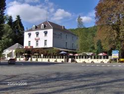 Hotel Cobut, Rue De Sosoye 6, 5522, Фалаен