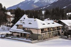 Residence Adler, Lanaweg 3, 39039, Villabassa