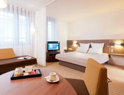 Novotel Suites Paris Velizy, 1Ter Rue Du Petit Clamart, 78140, Vélizy-Villacoublay