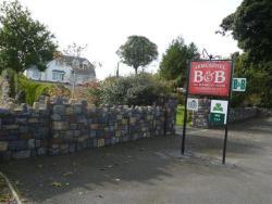 Armcashel B&B, Knock Road,, Castlerea