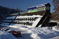 Hotel Skicentrum, Harrachov 225, 51246, Harrachov