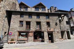 Apartaments Casa Vella Popaire, El Puyal, AD 100, Soldeu