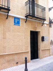Pensión Ruiz, Huarte De San Juan,11, 23700, Linares