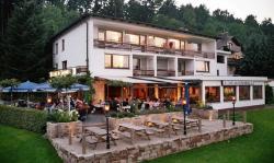 Hotel Am Rosenberg, Hinter dem Rosenberge 22, 33014, Bad Driburg
