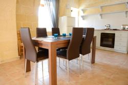 Gozo Farmhouses - Gozo Village Holidays, Different locations in Gozo (check-in: 11 Capuchins Street), VCT 9080, Виктория