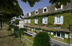 Hostellerie Saint-Jacques, 10, route du grand étang. le bourg, 24470, Saint-Saud-Lacoussière