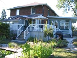 Honor's Country House Bed and Breakfast, 4441 Concession 4 South, N9V 2Y8, Amherstburg