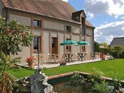 Logis Hotel Le Nuage, 95 Bis, Rue De Briare, 45230, La Bussière