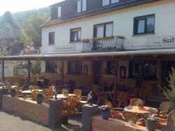 Hotel Zum Sahrtal, Bonnerstr. 1-3, 53505, Kirchsahr