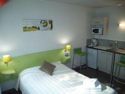 West Appart' Hôtel, 140, route de La Rochelle, 79000, Niort