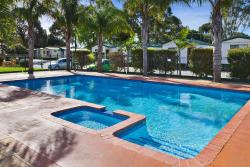 Frankston Holiday Park and Sandhurst Motel, 1325 Frankston-Dandenong Road, 3201, Carrum Downs