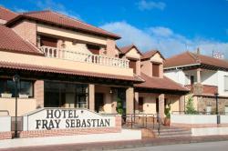 Hotel Fray Sebastian, Avda. Balonmano Nava 8, 40450, Nava de la Asunción