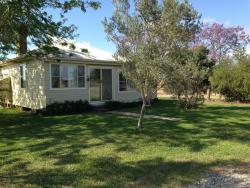 Trefolly Olive Cottage, 42 Trefolly Road, 2330, Singleton