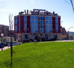 Hotel Nueva Plaza, Avenida Bilbao, 57, 39600, Maliaño
