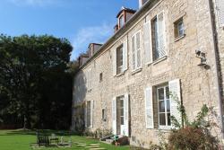Chambres d'hôtes de Parseval, 4 place Gérard de Nerval, 60300, Senlis