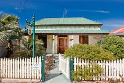 Emaroo Cottages Broken Hill, 341 Williams Street, 3500, Broken Hill