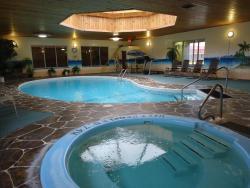 Canway Inn & Suites, 1601 Main Street, R7N 2V4, Dauphin