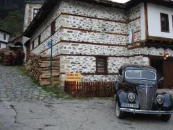 Gaida Inn Club Guest Rooms, 1 Charshiiska Str., 4710, Shiroka Lŭka