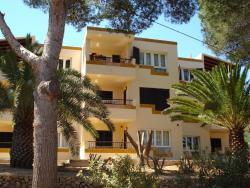Apartamentos Los Pinos, Calle Occitania 11, 07688, Cala Murada
