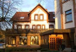 Landhotel & Gasthaus Altenburg, Hauptstraße 36, 34305, Niedenstein