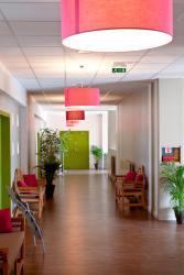 Hotel Regain, Route De Marseille, 04220, Sainte-Tulle