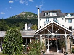 Logis Hôtel Les Cimes, 1, Place d'Ourout, 65400, Argelès-Gazost