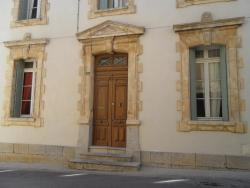 Appartement l'Hermitage, 5 rue du Faubourg, 11100, Montredon