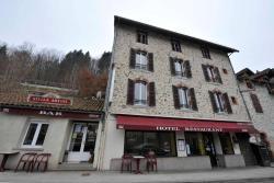 Hôtel Restaurant De La Gare, Rue De La Gare, 15150, Laroquebrou