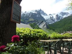 Hotel Auberge Edelweiss, Le village, 05320, La Grave