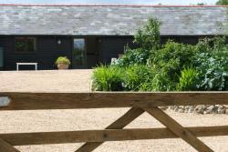 The Old Sawmill, Hastingleigh, TN25 5HN, Waltham
