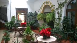 Hotel San Miguel, San Zoilo, 4, 14002, Córdoba