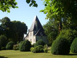 Château de la Cour, Château de La Cour, 53600, Sainte-Gemmes-le-Robert