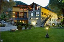 Hotel Restaurant Castellarnau, Avenida Burgal, 1, 25596, Escaló