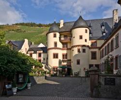 Hotel Schloss Zell, Schloss-Str. 8 a, 56856, Zell an der Mosel