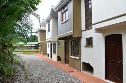 Apartamentos Herrera, Media Cuadra al este del Banco Nacional, Puerto Jimenez, 60702, Puerto Jiménez