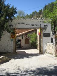Hostal De La Trucha, Paraje de las Fabricas S/N, 44559, Villarluengo