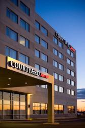 Courtyard by Marriott Montreal Airport, 7000 Place Robert-Joncas, H4M 2Z5, Dorval