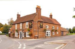 The George & Horn – RelaxInnz, Basingstoke Road, RG20 5NU, Kingsclere