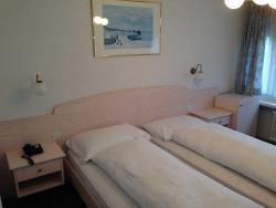 Hotel Kristall, Bahnhofstrasse 172, 6423, Seewen