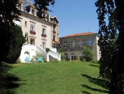Chateau de Chazelles - Haute Loire, Lieu dit Chazelles, 43130, Saint-André-de-Chalençon