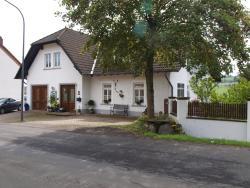 Ferienwohnung Zauberhaft, Mehrenerstrasse 16A, 54552, Schalkenmehren