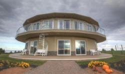 Around the Sea Rotating House, Suites & Tours, 130 Lantern Hill Drive, C0A 1X0, North Rustico
