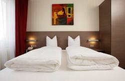 Hôtel Restaurant Tivoli - Basel Airport, 15, avenue de Bâle, 68330, Huningue