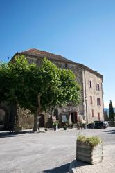 Chateau Rosans, Place Abbe Bicais, 05150, Rosans
