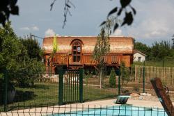 Les Roulottes Viticoles, 434 rue de Belleville,Departementale 19,Les Grandes Bruyeres, 69460, Saint-Étienne-des-Oullières