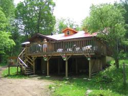 Algonquin Eco-Lodge, Moffat Pond, K0L 1X0, Harcourt